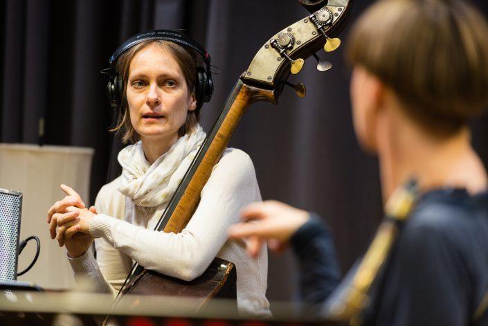 Anne Mette Iversen (bass), Silke Eberhard (Alt Saxophon - Klarinette)-Ternion Quartett
