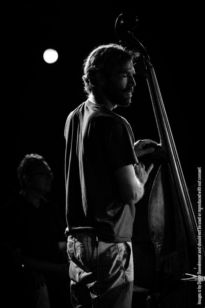 Jonas Westergaard (Bass)