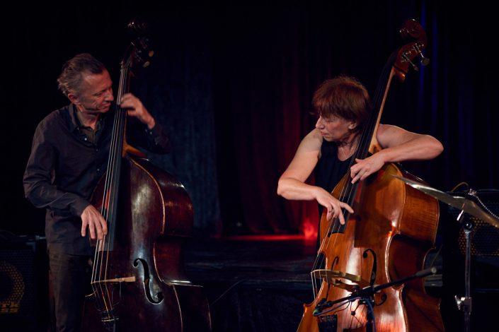 Johannes Fink (cel, b), Hélène Labarrière (b)
