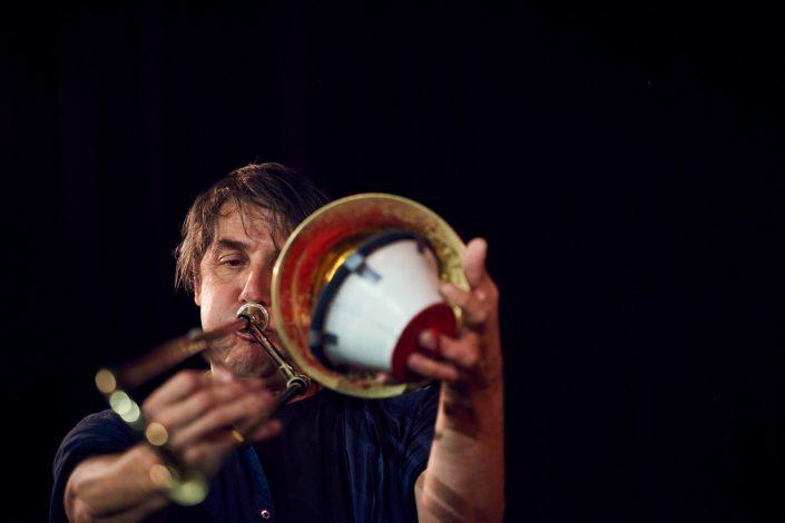 Gerhard Gschlößl (tb,, sousaphone)