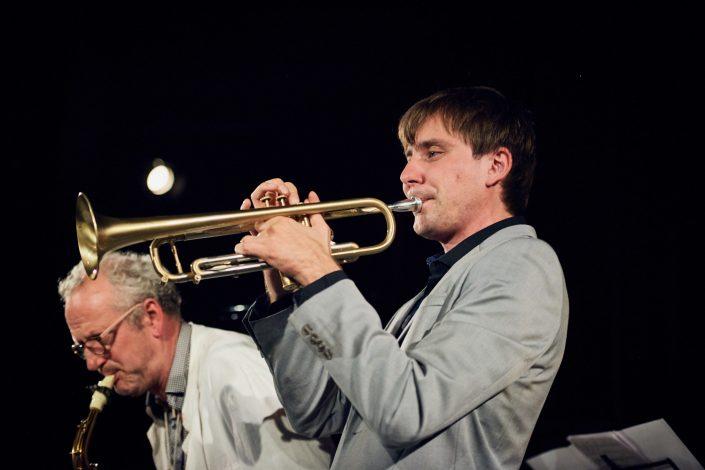 Felix Wahnschaffe (sax), Dima Bondarev (tr)