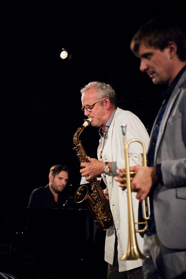 Ludwig Hornung (p), Felix Wahnschaffe (sax), Dima Bondarev (tr)