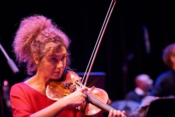 BILIANA VOUTCHKOVA (violin)