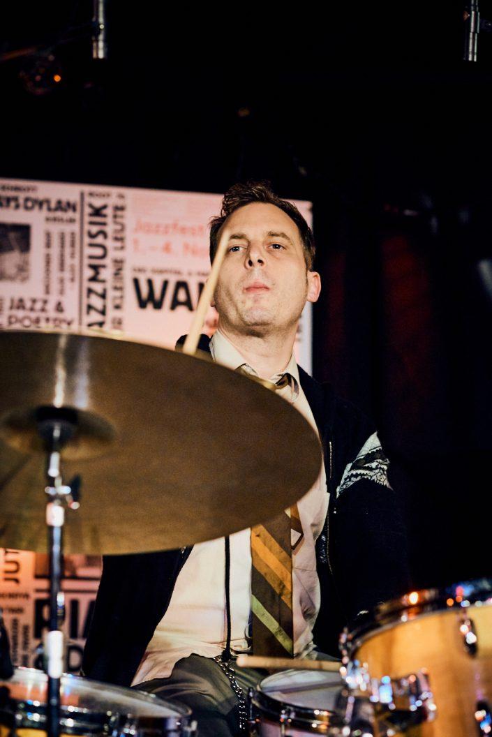 Jochen Rückert (drums)