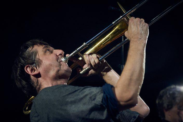 Gerhard Gschlößl (tb, sousaphone), LOTUS EATERS bei Kollektive Nights 17